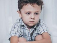 Đừng vội nghĩ con bị tự kỷ, con bạn có thể mắc chứng bệnh có dấu hiệu tương tự và chỉ sống được đến thời niên thiếu