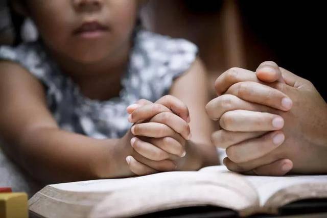 Khi con bị bắt nạt, cha mẹ đừng dạy con nói 3 từ này bằng không càng khiến trẻ bị tổn thương nặng nề hơn-3
