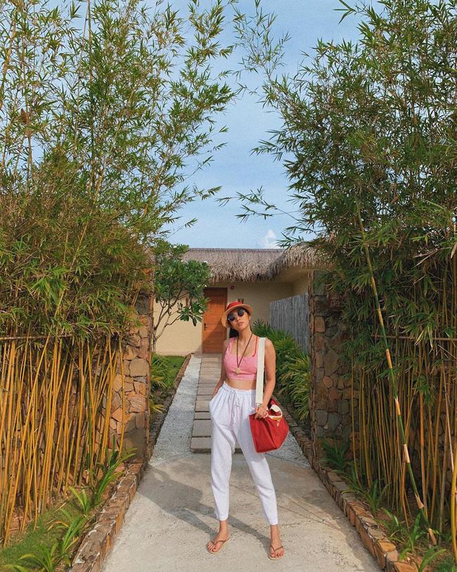 Đã mắt khi ngắm style du lịch của sao Việt nhưng đồng thời, bạn sẽ góp nhặt được 1001 ý tưởng diện đồ tuyệt xinh-10