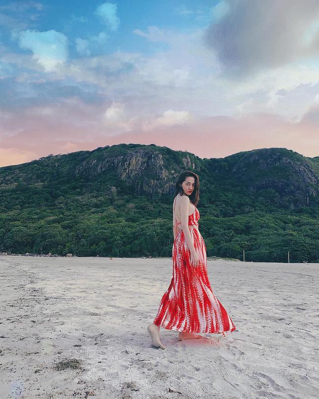 Đã mắt khi ngắm style du lịch của sao Việt nhưng đồng thời, bạn sẽ góp nhặt được 1001 ý tưởng diện đồ tuyệt xinh-3