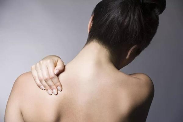 Những cơn đau đột ngột xuất hiện có thể cảnh báo nhiều bệnh nguy hiểm mà bạn nên chú ý-3