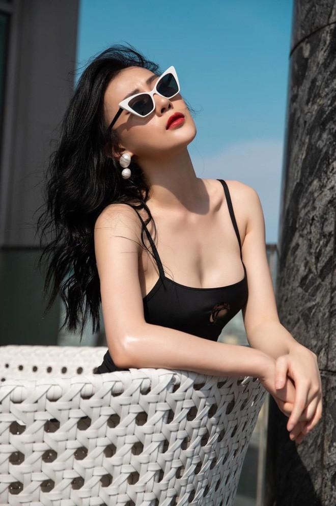 Bị chê mặc áo tắm trông thiếu lịch thiệp, Phương Oanh đáp trả: Bình thường mặc vest để bơi hả-2