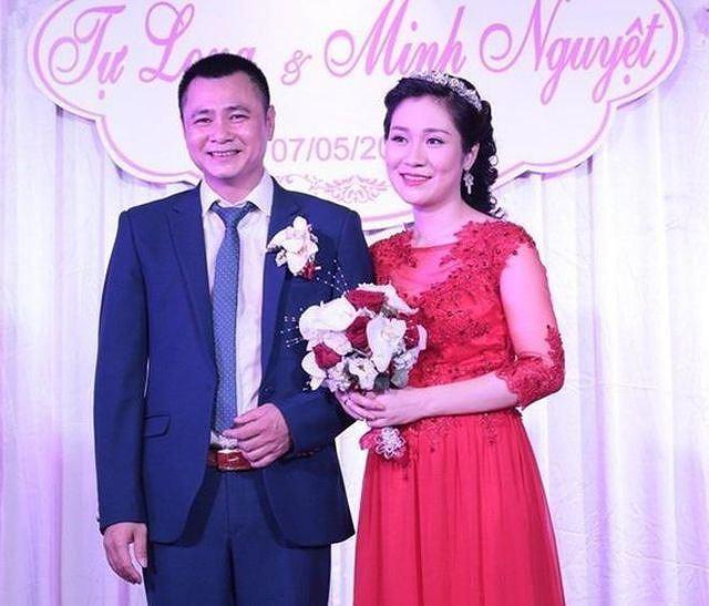 Hành trình 4 năm hôn nhân hạnh phúc của NSND Tự Long và người vợ tài sắc-2