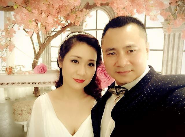 Hành trình 4 năm hôn nhân hạnh phúc của NSND Tự Long và người vợ tài sắc-4