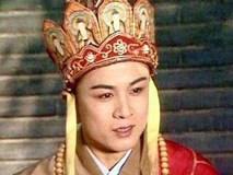 Xót xa cảnh 'Đường Tăng' đẹp nhất Trung Quốc mặc áo cà sa đi hát rong