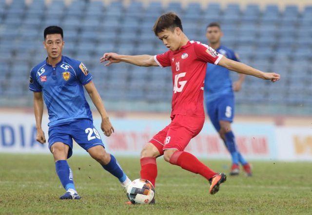 HLV Park Hang Seo chọn hàng tiền đạo nào cho đội tuyển Việt Nam?-1