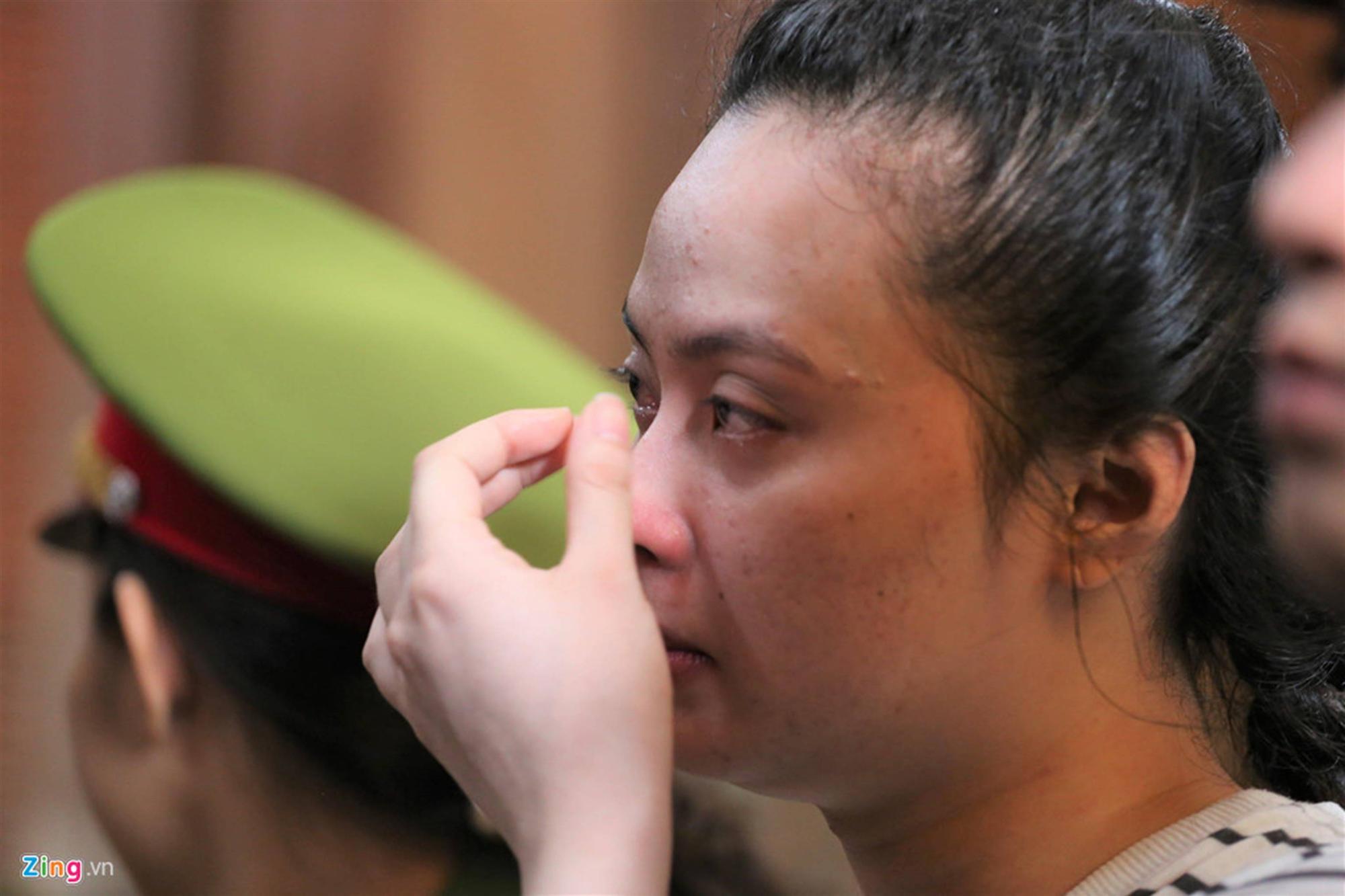 Cảm xúc trái chiều của Ngọc Miu và nhiều bị cáo khi VKS đề nghị án-3