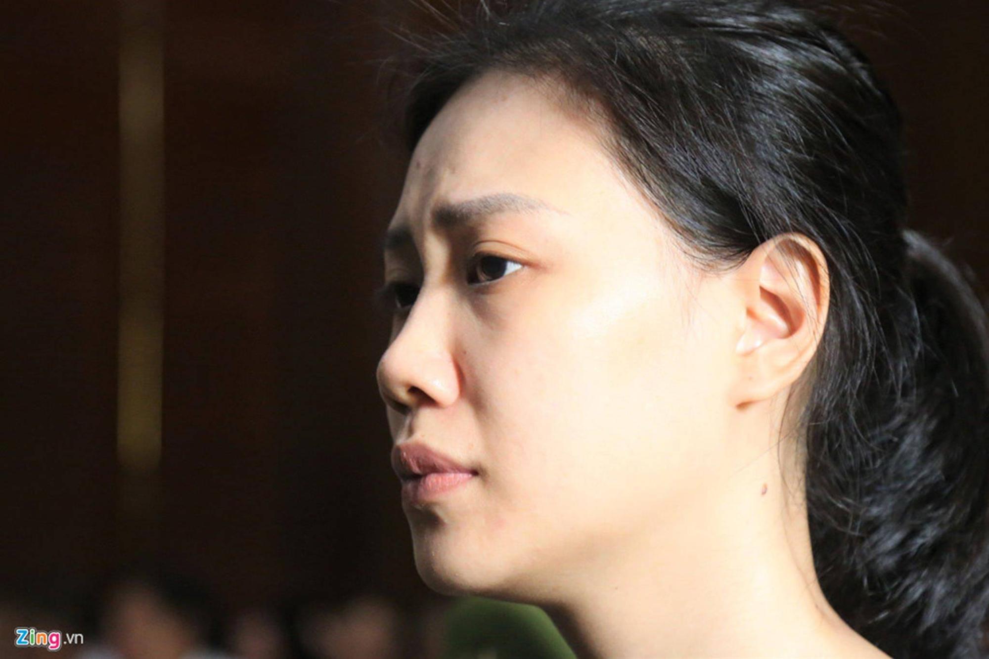Cảm xúc trái chiều của Ngọc Miu và nhiều bị cáo khi VKS đề nghị án-4
