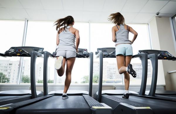 Luyện tập thể dục thể thao để cải thiện sức khỏe cơ thể và não bộ