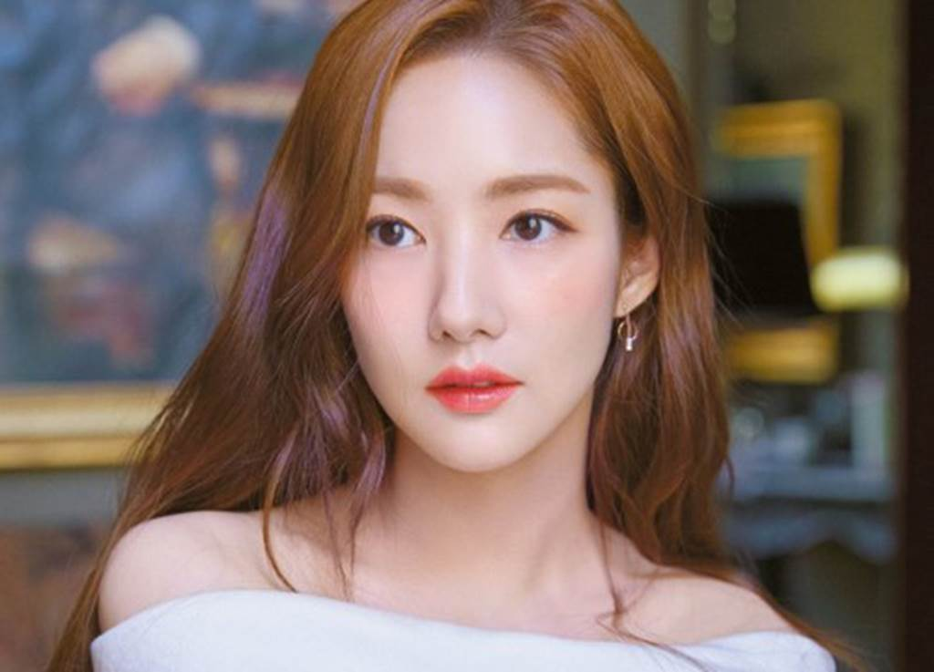 7 siêu phẩm thẩm mỹ Hàn Quốc khiến nhiều đàn ông nghi ngờ phụ nữ đẹp-1