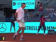 Federer thể hiện tuyệt kỹ trong ngày cán mốc 1.200 trận thắng
