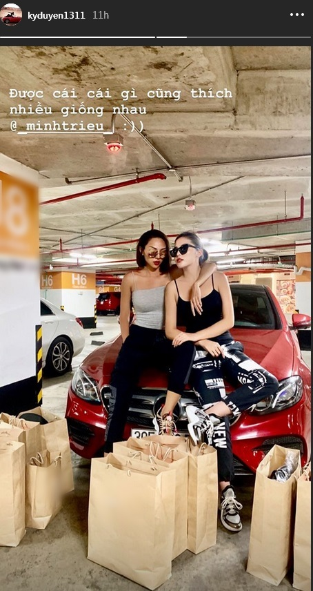 Đẳng cấp như Kỳ Duyên - Minh Triệu: Chỉ shopping đi bộ cùng nhau thôi mà cuối cùng vác cả siêu thị về nhà-3