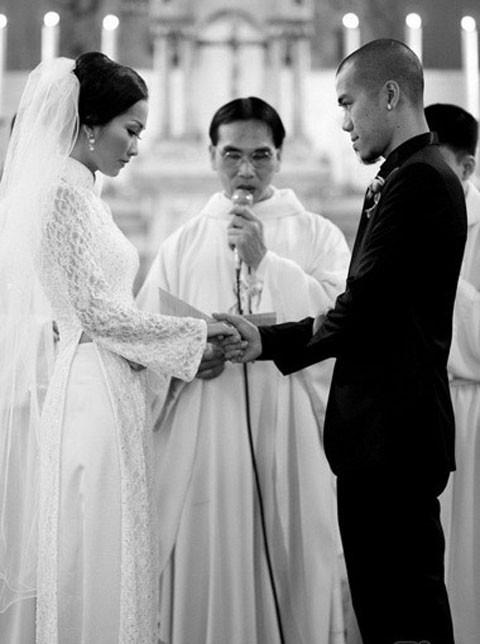 Kim Hiền: Từ nỗi đau bị chồng phản bội sau 2 tháng mặc áo cô dâu tới niềm hạnh phúc tìm thấy hoàng tử-1