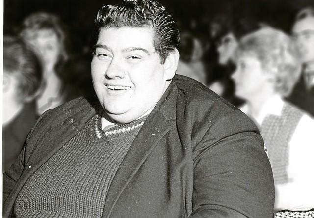 Chuyện lạ có thật về người đàn ông nhịn ăn liên tục suốt 382 ngày, giảm 125kg khiến y học sửng sốt-1