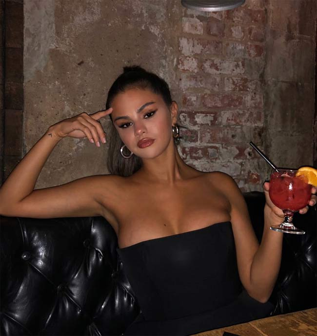 Thời đại phụ nữ mũm mĩm lên ngôi, Selena Gomez chứng minh tròn tròn là sexy-7