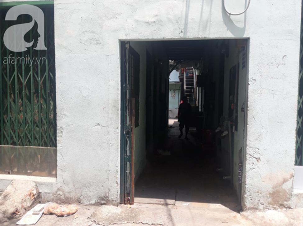 Gần một tháng, người mẹ mòn mỏi chờ công lý, đau khổ khi con gái 5 tuổi nghi bị gã xe ôm 60 tuổi dâm ô trong phòng trọ ở Sài Gòn-1