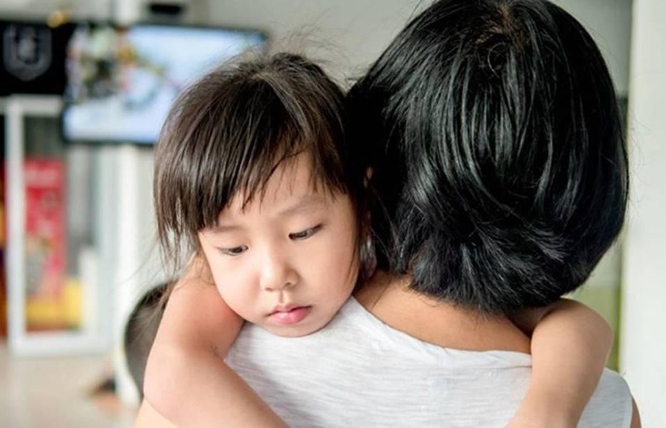 Chuyên gia nhi khoa cảnh báo: Trẻ xuất hiện 4 biểu hiện này chứng tỏ lớn lên EQ thấp, sau 6 tuổi khó sửa đổi-2