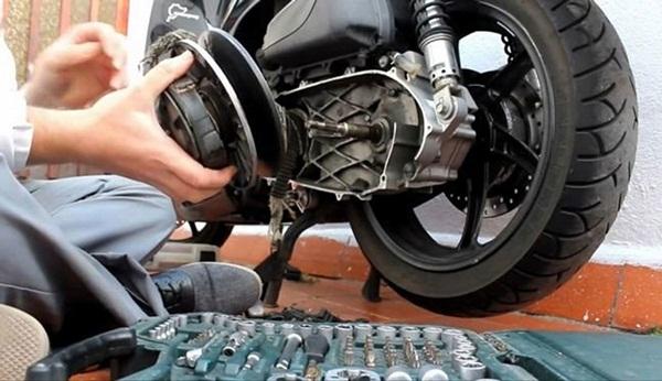 Những chiêu luộc khách ngang nhiên của thợ sửa xe máy-1