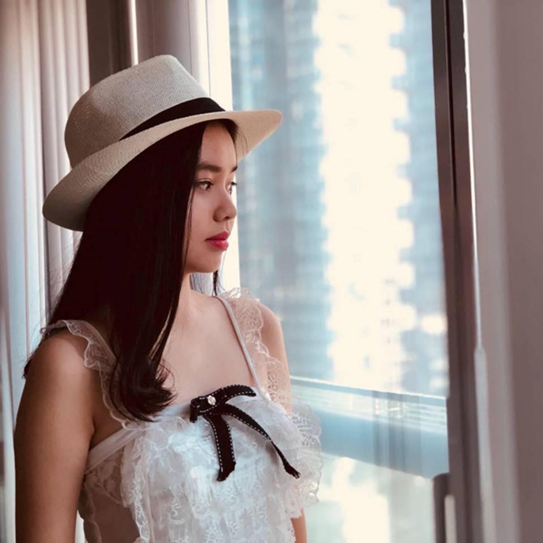 Nhan sắc cô gái Việt đóng cảnh nóng năm 13 tuổi trong phim Vợ ba-1