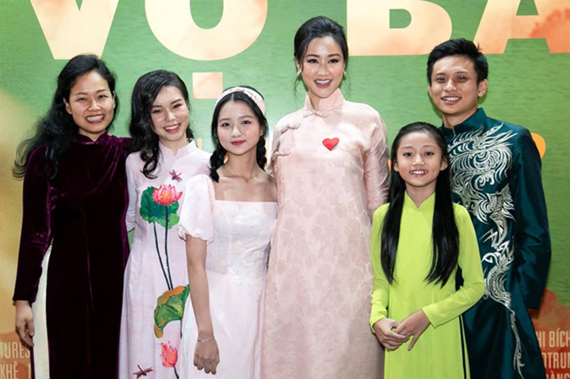 Nhan sắc cô gái Việt đóng cảnh nóng năm 13 tuổi trong phim Vợ ba-7