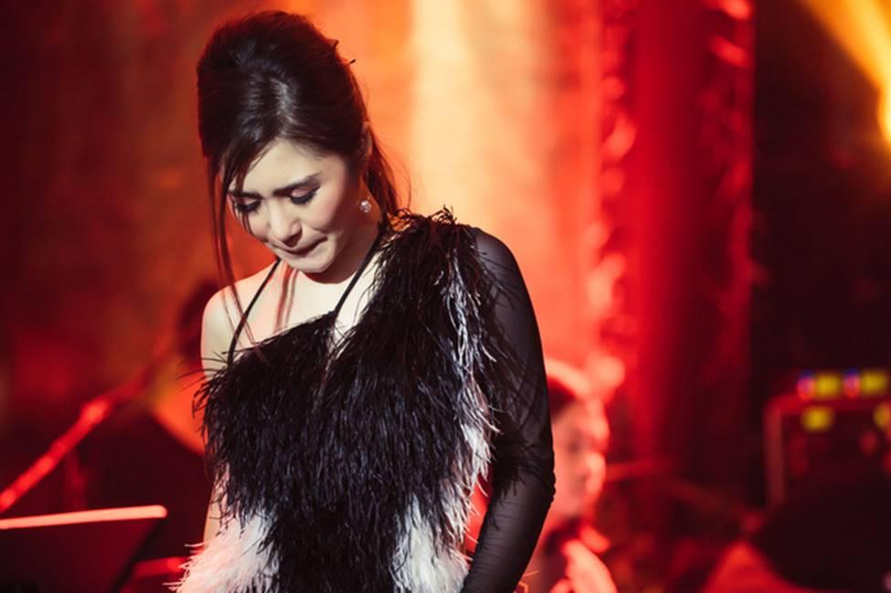 Hương Tràm phải tiêm thuốc kháng sinh để có thể hát trong đêm diễn tạm biệt khán giả Hà Nội-4
