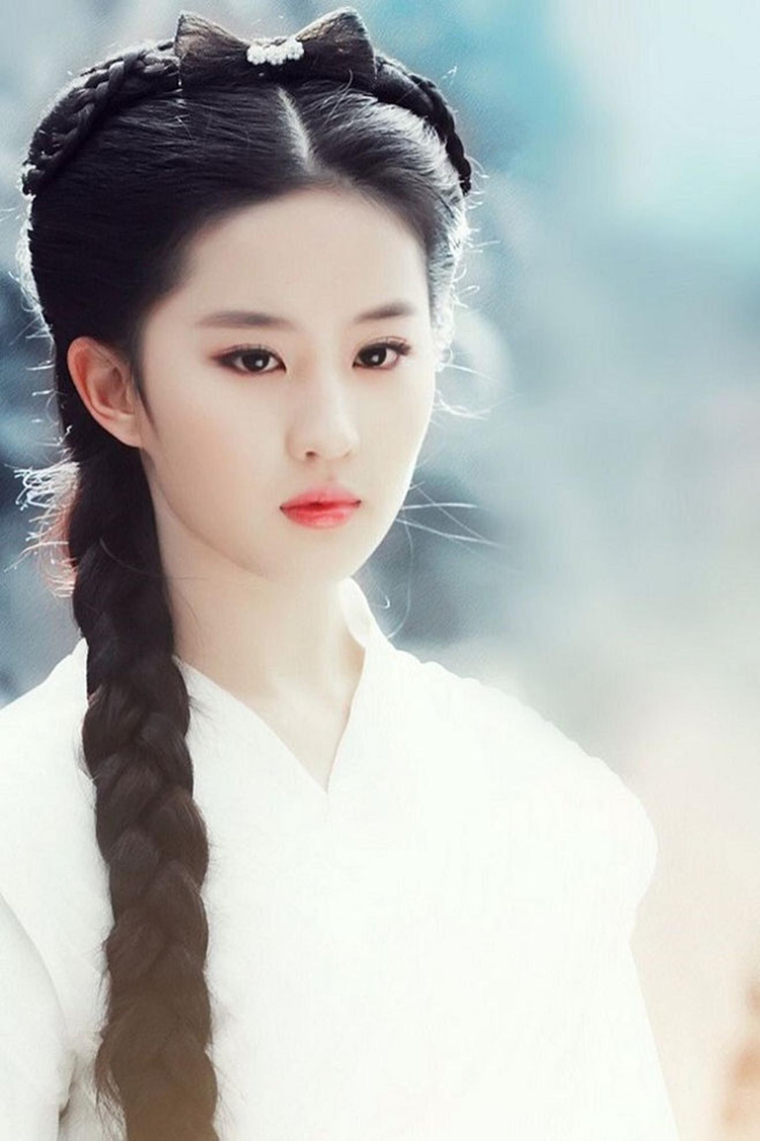 Lưu Diệc Phi: 16 tuổi đẹp không tì vết, đến khi 21 còn xinh hơn tiên-3