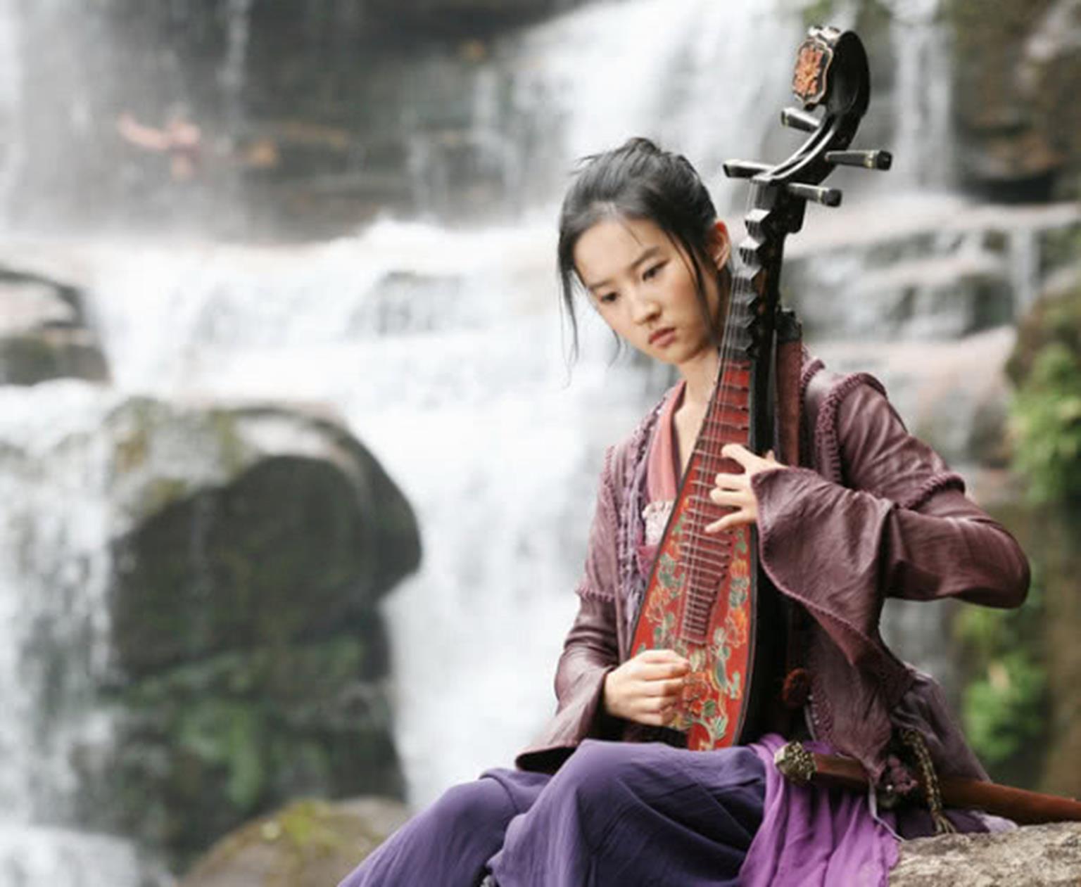 Lưu Diệc Phi: 16 tuổi đẹp không tì vết, đến khi 21 còn xinh hơn tiên-8