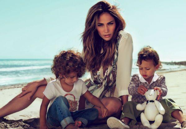 Chuyện về những bà mẹ đơn thân của showbiz: Mẹ có thể không hoàn hảo nhưng mẹ chọn yêu con theo cách hoàn hảo nhất-2