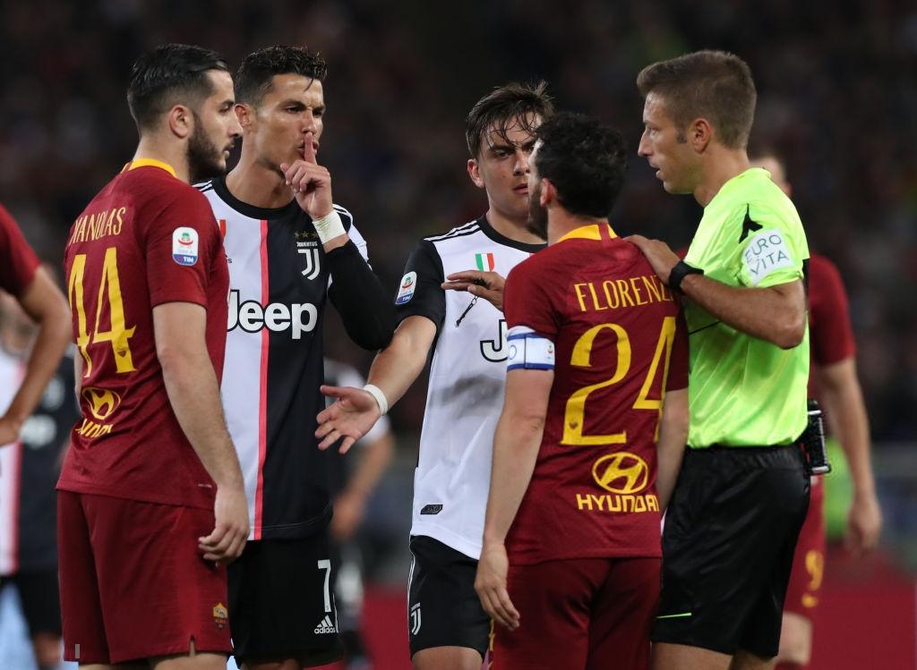 Cái kết đắng cho Ronaldo sau hành vi sỉ nhục đối thủ-1