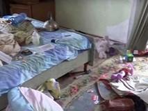 Ngửi thấy mùi hôi, hàng xóm kinh hoàng phát hiện bé gái sống cùng thi thể bố mẹ 9 ngày