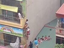 Cháy trường mầm non tư thục, người dân trèo tầng 4 giải cứu nhiều học sinh