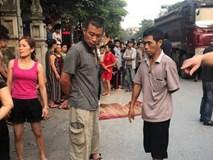Hà Nội: Xe bán tải đâm trúng xe đạp khiến em trai 7 tuổi tử vong, chị gái nhập viện cấp cứu