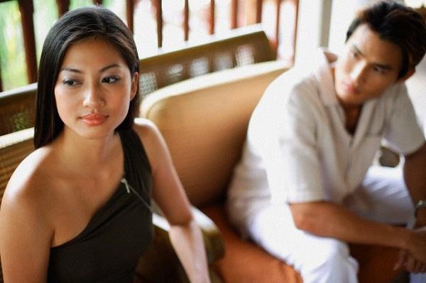 Chỉ bằng một bức ảnh và 8 chữ đắt giá, cô dâu hụt gọi được ngay kẻ phụ tình đến nhà khóc lóc-2