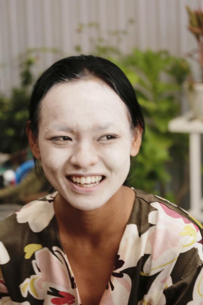 Chẳng ai như Mai Ngô, mỗi lần khoe mặt là mỗi lần cư dân mạng được dịp... náo loạn!-3