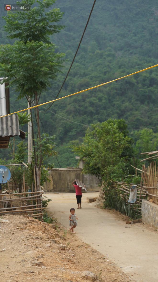 Bản làng nơi những ông trùm ma túy gieo rắc cái chết trắng: Cha mẹ chết vì HIV, con trẻ mồ côi sống lay lắt từng ngày-5