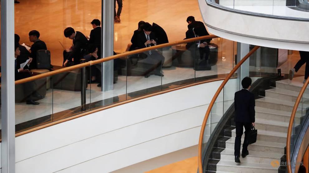 Nghịch lý nực cười ở Hàn Quốc: Cử nhân Đại học thất nghiệp trầm trọng, phải ra nước ngoài tìm việc-6