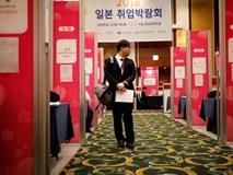 Nghịch lý nực cười ở Hàn Quốc: Cử nhân Đại học thất nghiệp trầm trọng, phải ra nước ngoài tìm việc