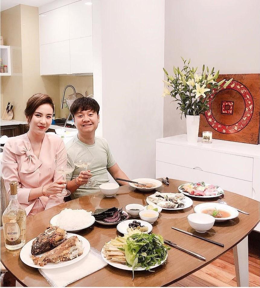 Cuộc sống hôn nhân ít người biết của Hoài Anh, Vân Anh, Mai Ngọc và loạt BTV nữ nổi đình đám phía Bắc-18