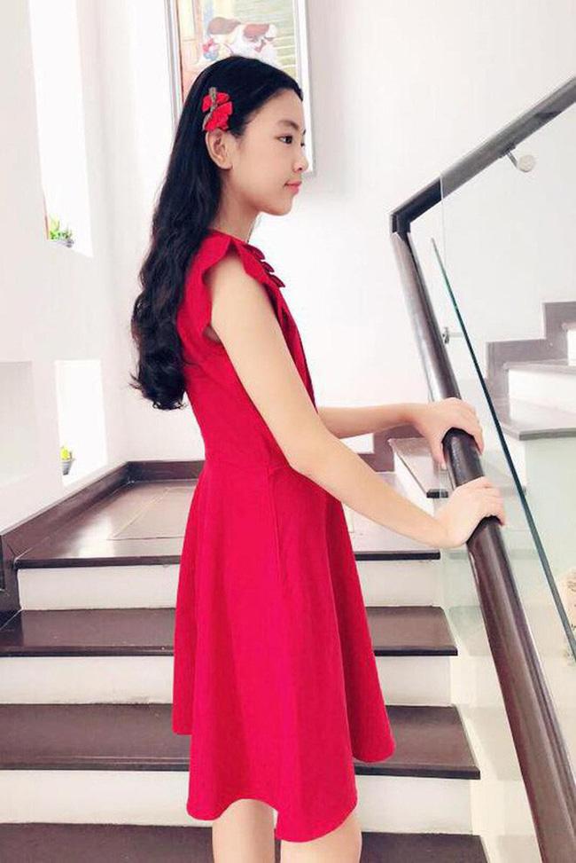 """Công chúa"""" 14 tuổi nhà Quyền Linh: Cao 1m7, sở hữu vẻ đẹp mong manh và được ví là bản sao của Trương Bá Chi-6"""