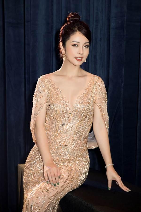 Jennifer Phạm gợi cảm trở lại làm MC sau tai nạn ngất xỉu phải nhập viện-8