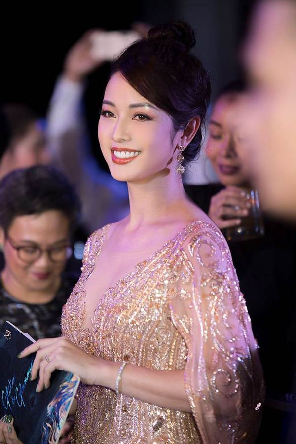Jennifer Phạm gợi cảm trở lại làm MC sau tai nạn ngất xỉu phải nhập viện-9