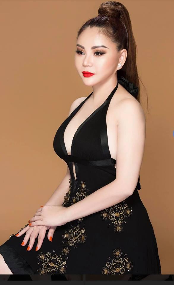 Vẻ nóng bỏng của diễn viên hài Lê Giang ở tuổi 47-6