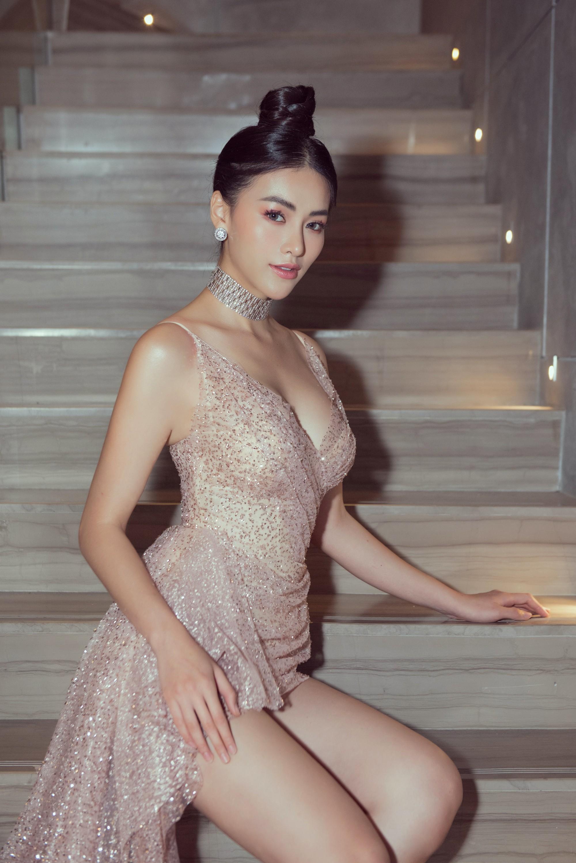 Hoa hậu và chuyện cánh tay to, bụng sồ sề khi chưa photoshop: Đâu phải nữ thần để đòi hỏi đẹp hoàn hảo 100%-3