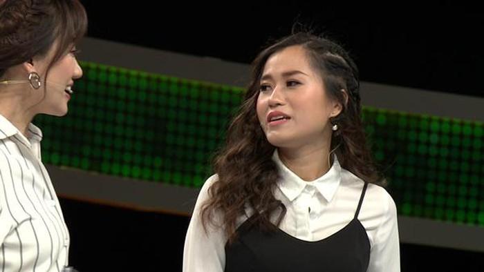 Những lần Hari Won khiến người chơi điên đầu vì đọc câu hỏi đã lơ lớ còn rùa bò tại gameshow Nhanh Như Chớp-1