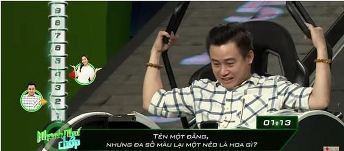 Những lần Hari Won khiến người chơi điên đầu vì đọc câu hỏi đã lơ lớ còn rùa bò tại gameshow Nhanh Như Chớp-3