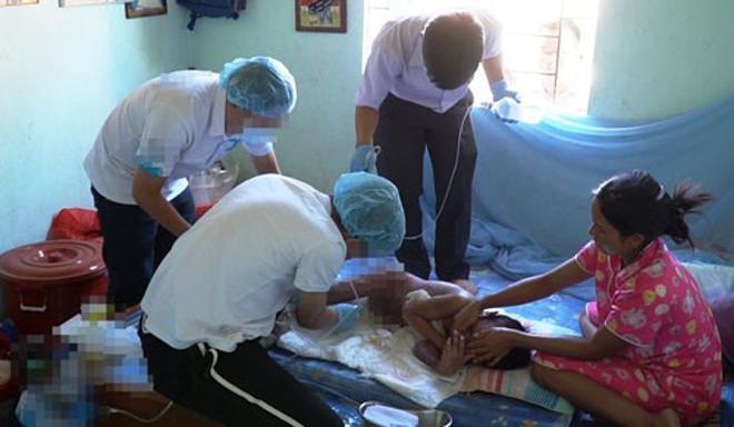 Vụ bác sĩ năn nỉ bố mẹ cứu bé 9 tuổi bị phỏng: Gian nan đưa bé lại bệnh viện-1