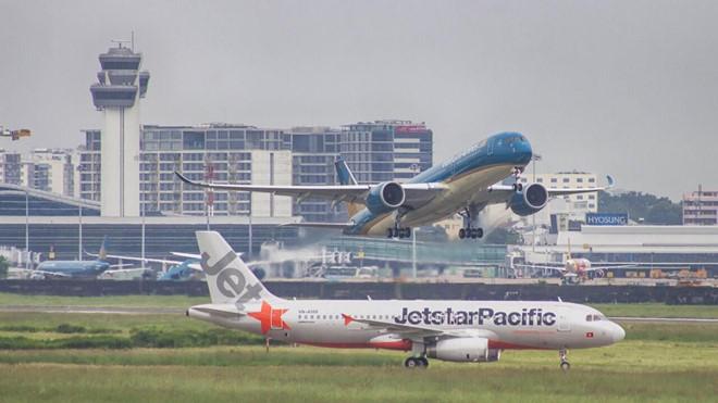 Nhiều thay đổi về phụ phí vé máy bay, hành lý ký gửi sắp được áp dụng-1