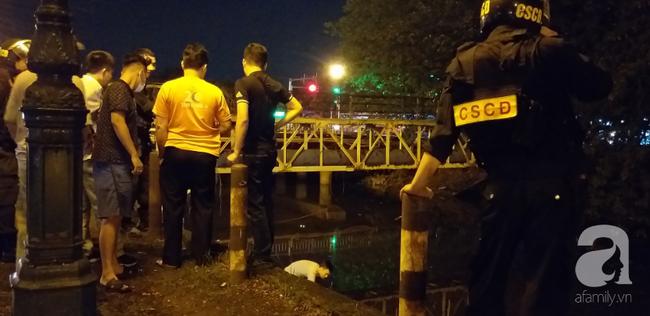Nữ tài xế taxi bị người đàn ông đâm gục trong xe rồi bỏ chạy, vẫn chưa xác định được nguyên nhân-6