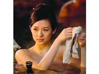 Sắc đẹp ma mị của 3 mỹ nhân gắn với 'ông hoàng cảnh nóng' Hồng Kông