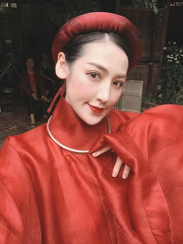 HHen Niê mặc lại váy dạ hội gây bão ở Miss Universe trong tiệc sinh nhật sớm-8